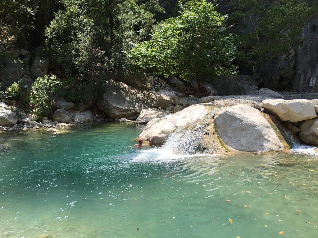 Ein Bad in den kühlen Gumpen des Göynük-Baches