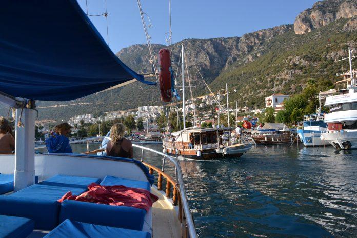 Der Hafen von Kas. Bis ins griechische Meis sind es nur wenige Kilometer
