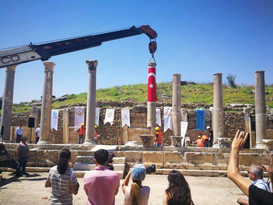 Präsentation einer pfiffigen Idee: Die ersten Namen werden auf den Säulen verewigt